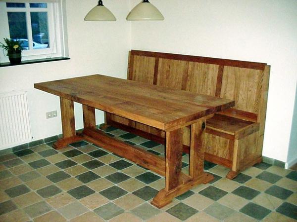 Eiken tafel met bank