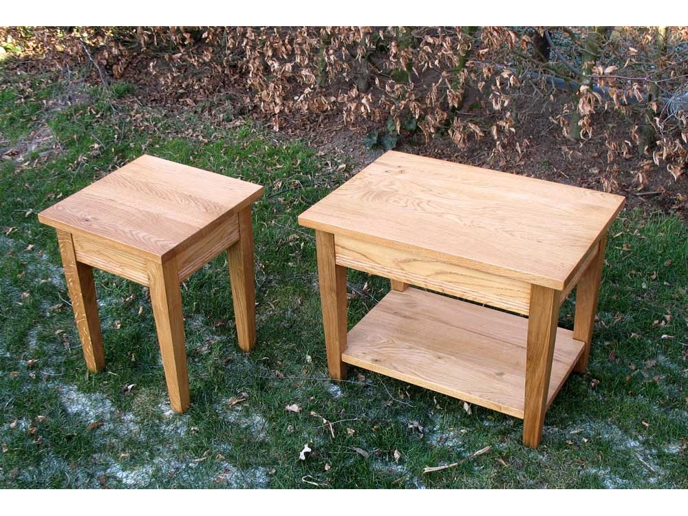 Set van 2 Eiken bijzet tafeltjes