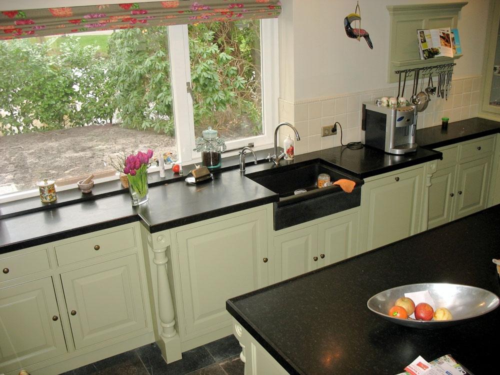 Engelse keuken met eiland