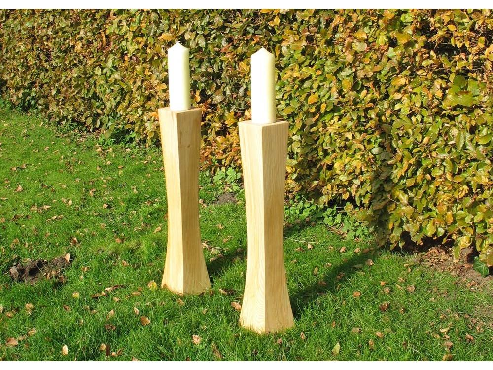 Hoge houten kandelaars van Populier