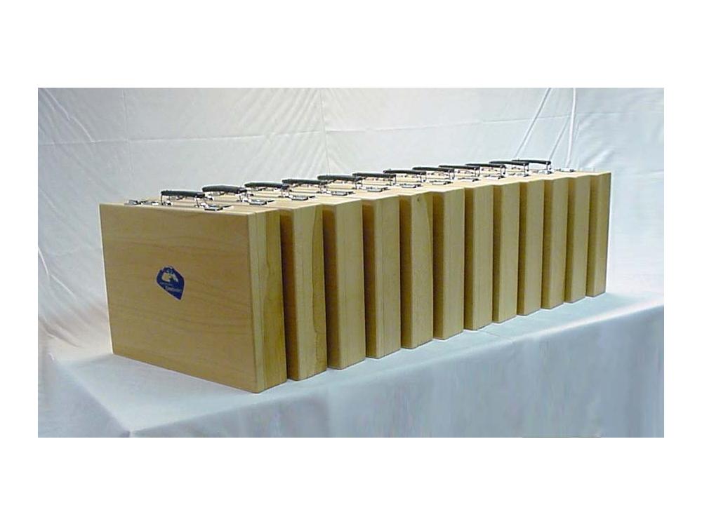 Serie houten koffers van Beuken