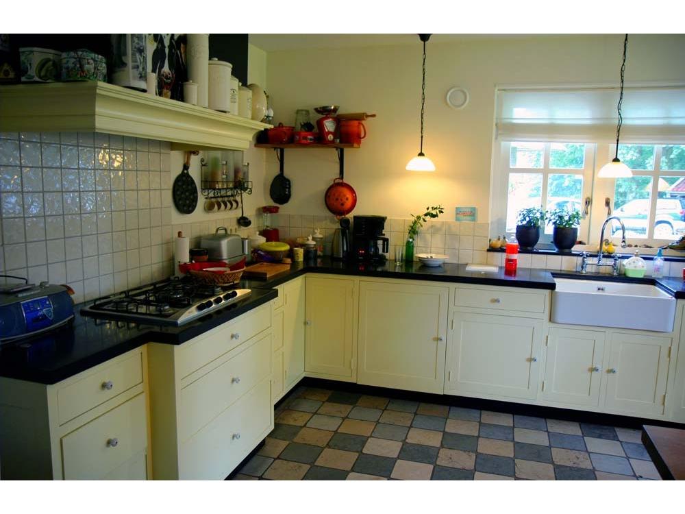 Keuken handgeschilderd
