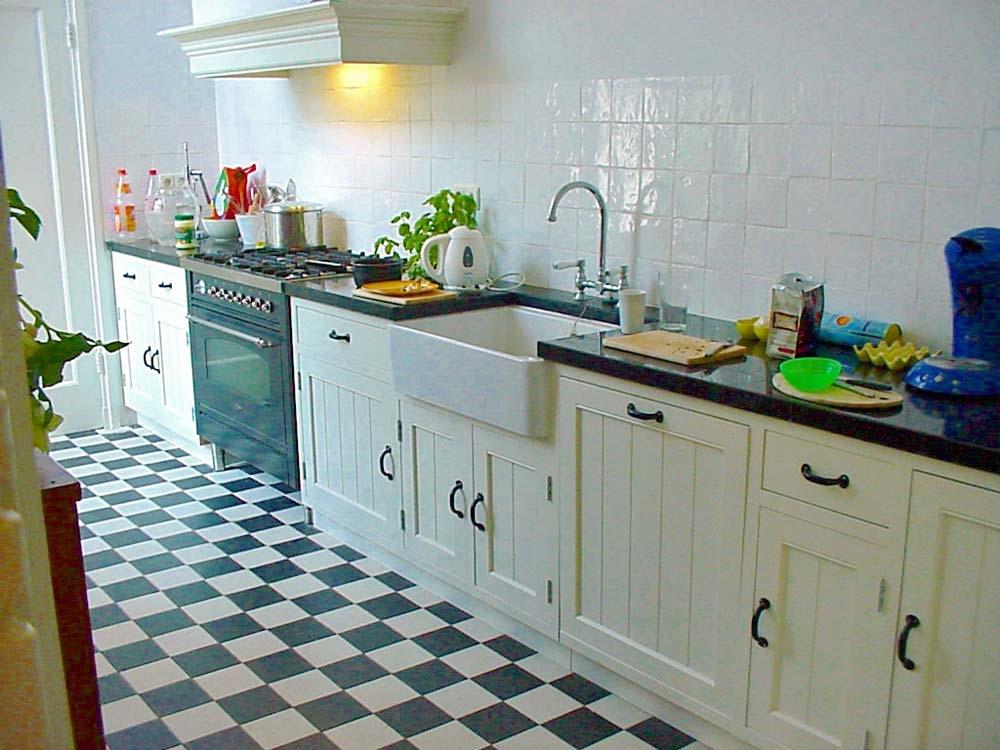 Keuken, model Berlage