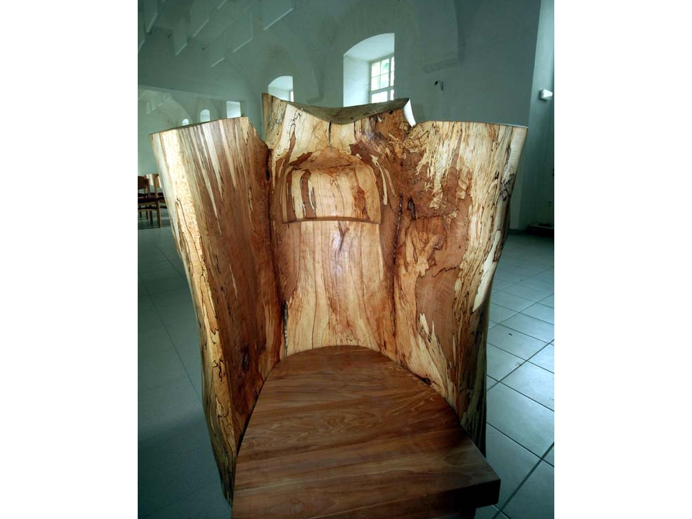 Liturgisch meubilair voor de kerk in Vilvoorde