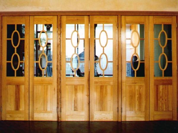 Salondeuren met ovale glasroedes