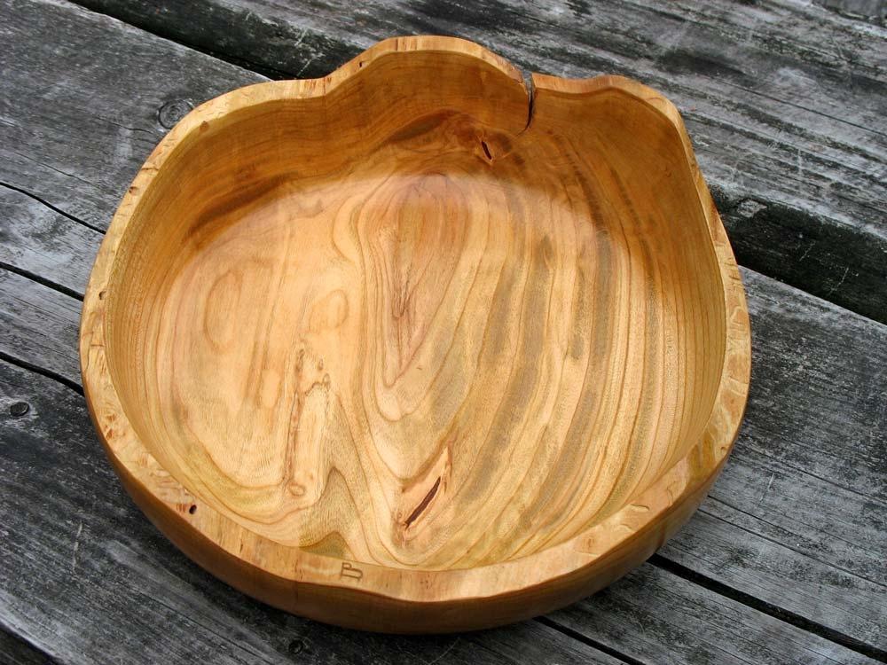 Houtdraaiwerk schaal van Kersenhout