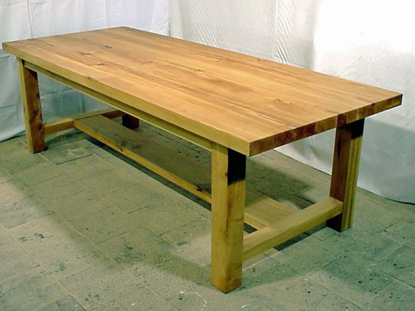 Robuuste tafel van Acacia