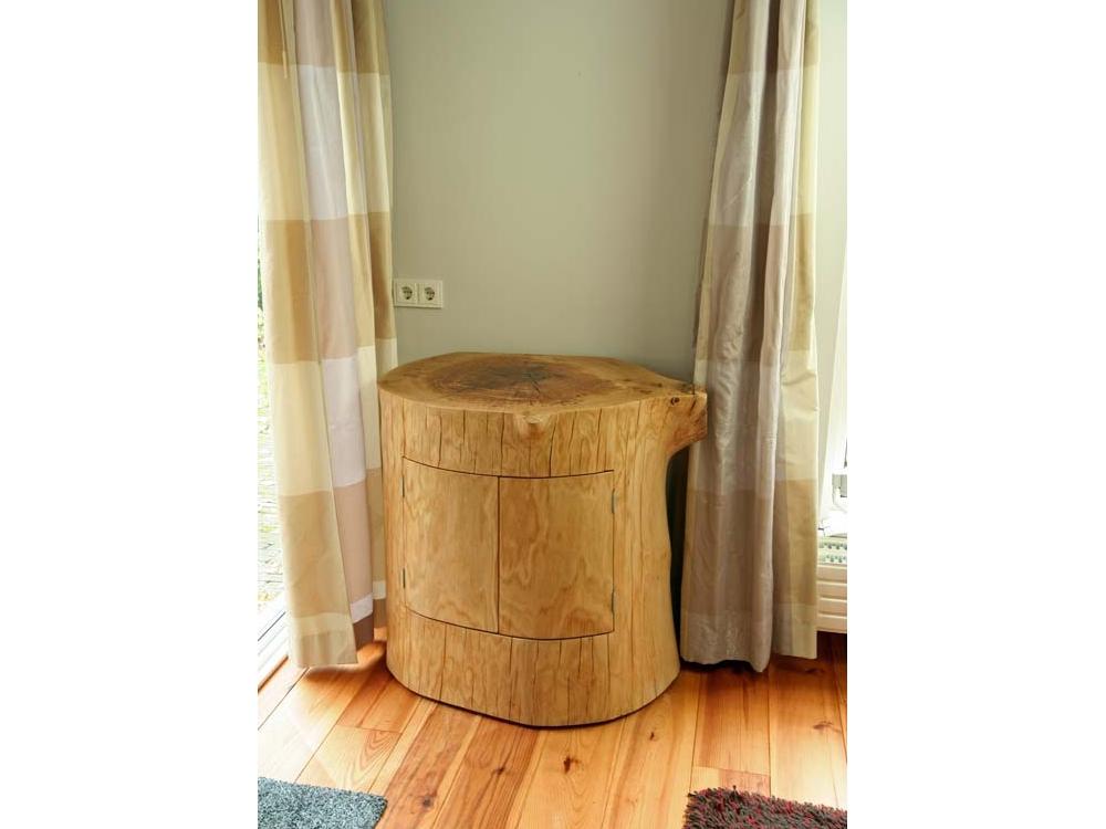 TV meubel van een Eiken stam
