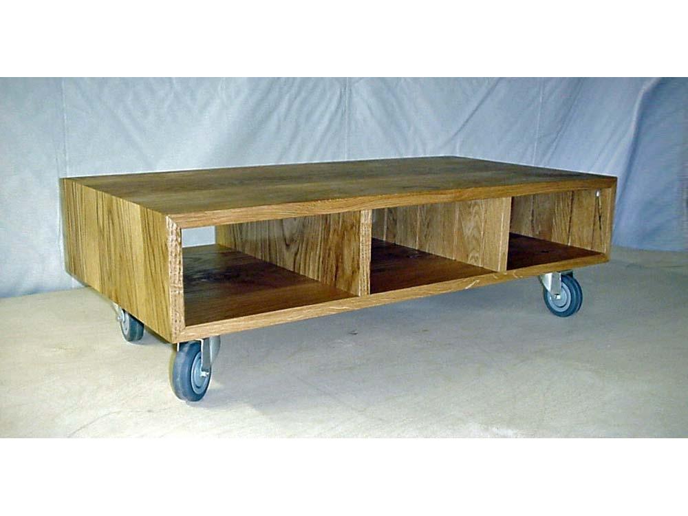 Eiken TV meubel op wieltjes